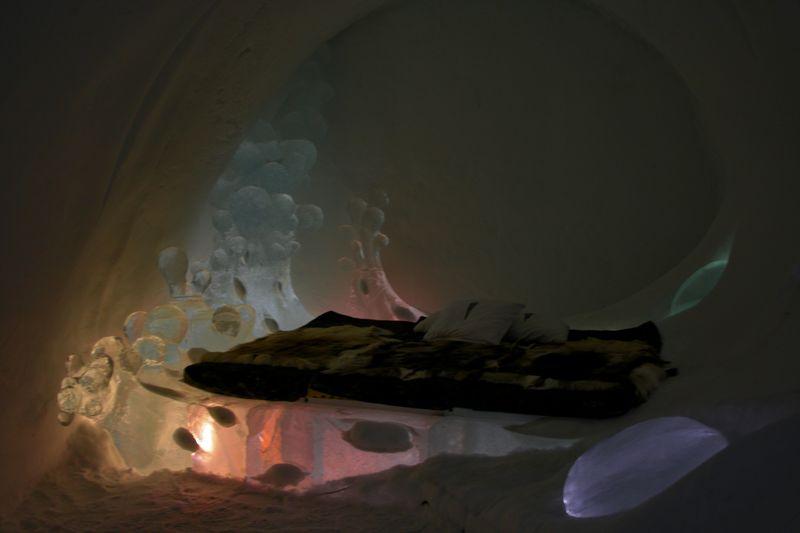 Urlop w lodowym pokoju, na lodowym łożu.