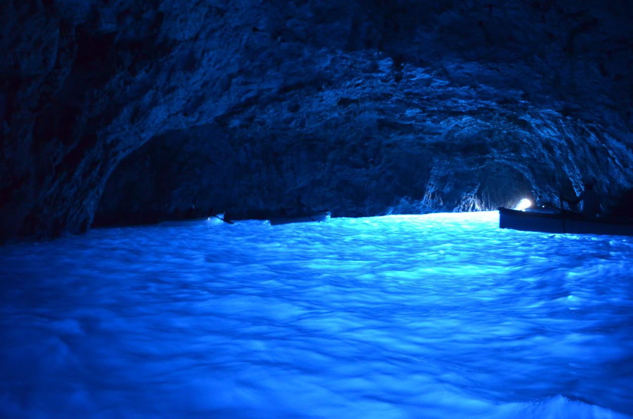 Wnętrze Lazurowej Jaskini